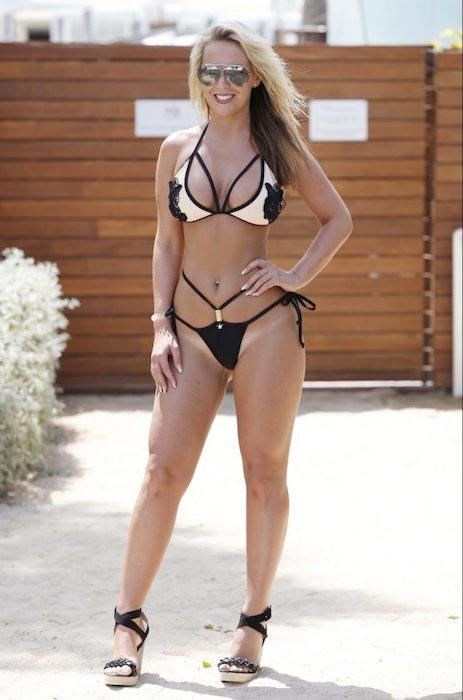 Kate Wright bikini hot sexy