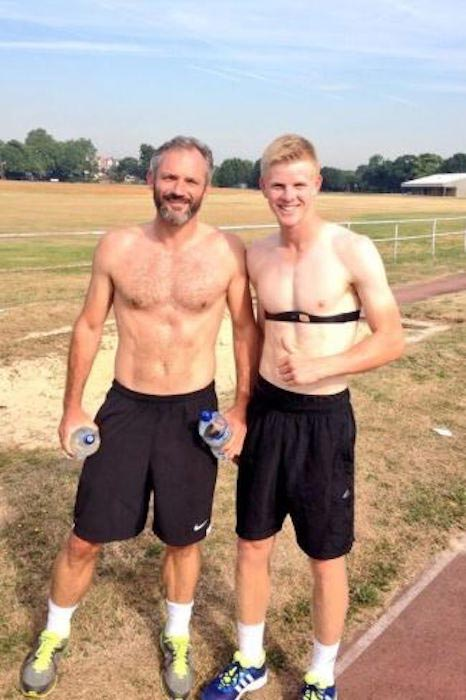Kyle Edmund shirtless body (Right)