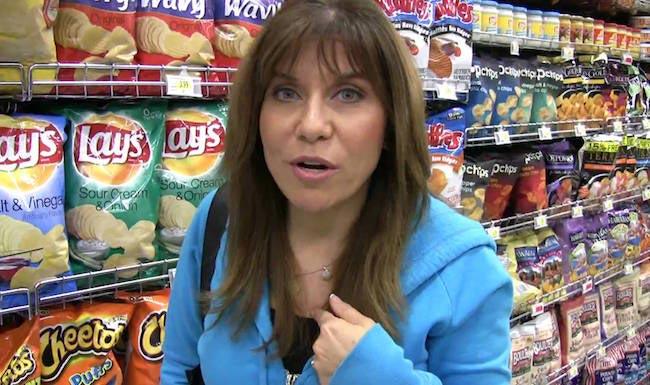 Lisa Lillien in a supermarket