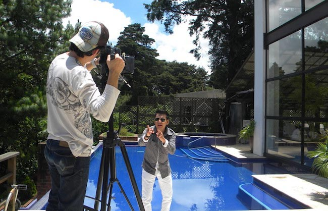 Marvin Lara during the filming of Todo Lo Que Quiero in 2011