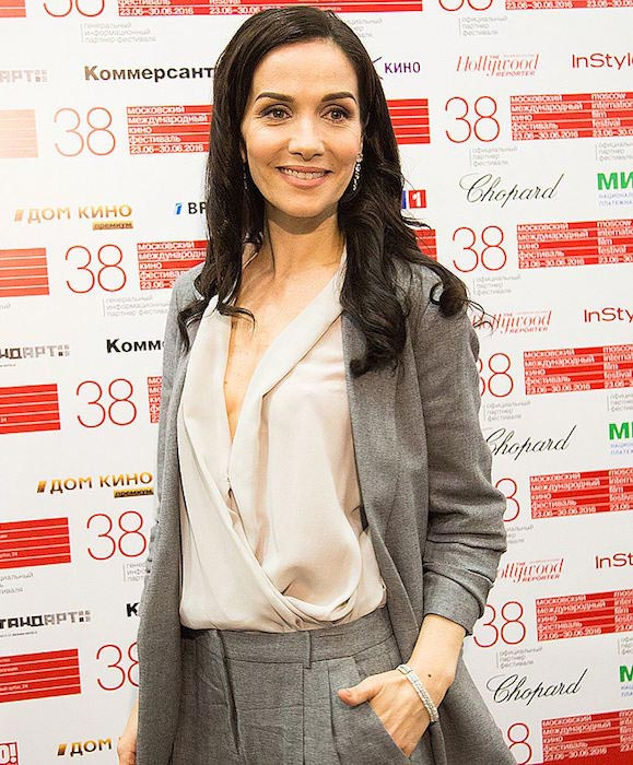 Natalia Oreiro fab grey blazer Moscow International Film Festival 2016