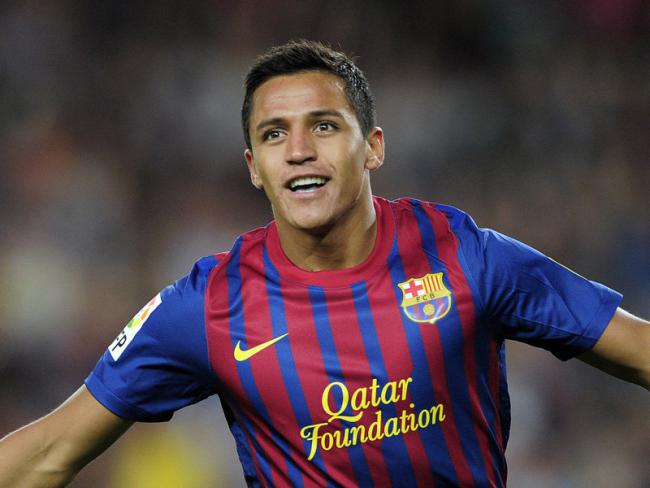 Alexis Sanchez celebrates scoring goal Barcelona La Liga match 2014