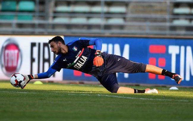 Gianluigi Donnarumma during a training session for Italy on September 2, 2016 in Bari