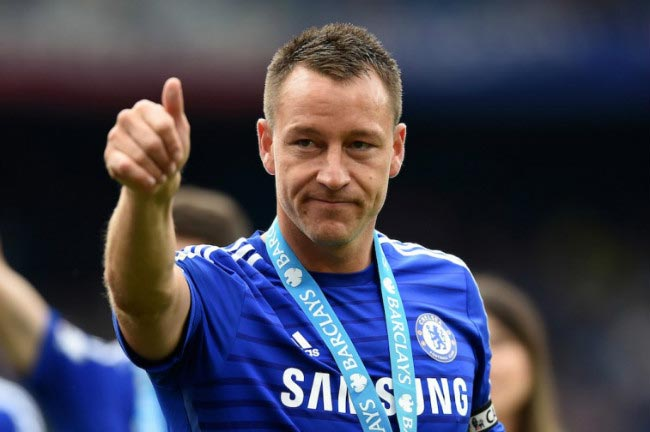 John Terry with the 2014-15 English Premier League Winners after season's last match against Sunderland in May 2015