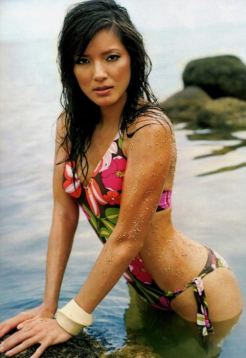 Kelly hu height weight body statistics healthy celeb kelly hu bikini hot voltagebd Images