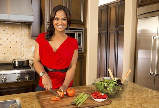Laila Ali chopping tomatoes