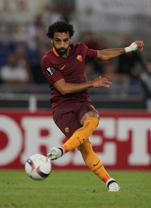 Mohamed Salah passing the ball during a UEFA Europa League match between Roma and FC Astra Giurgiu on September 29, 2016