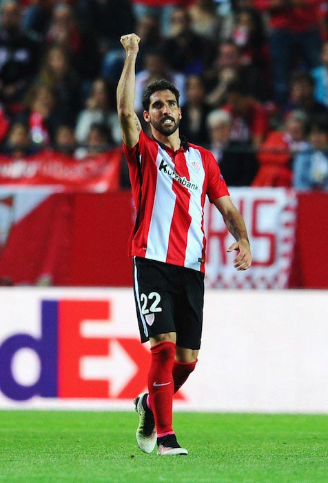 Raul Garcia's reaction scored second goal Athletic Bilbao match against Sevilla April 14, 2016