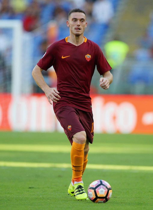 Thomas Vermaelen with the ball during a match between AS Roma and Udinese on August 20, 2016