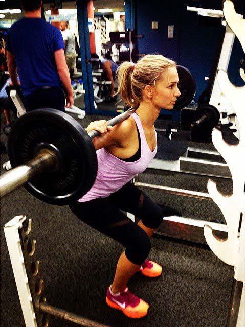 Anna Heinrich doing squats