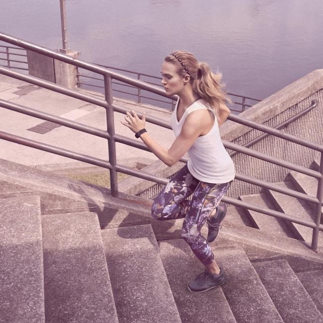 Carrie Underwood running upstairs