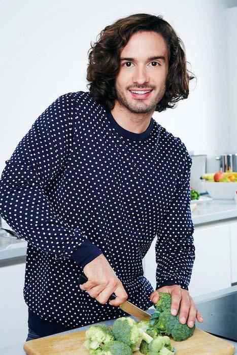 Joe Wicks cooking food