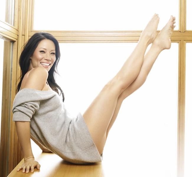 Lucy Liu displaying her toned legs