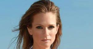A. J. Cook Height, Weight, Age, Body Statistics