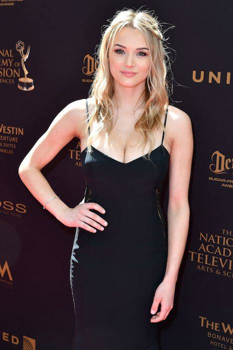 Hunter King at Daytime Creative Arts Emmy Awards 2016