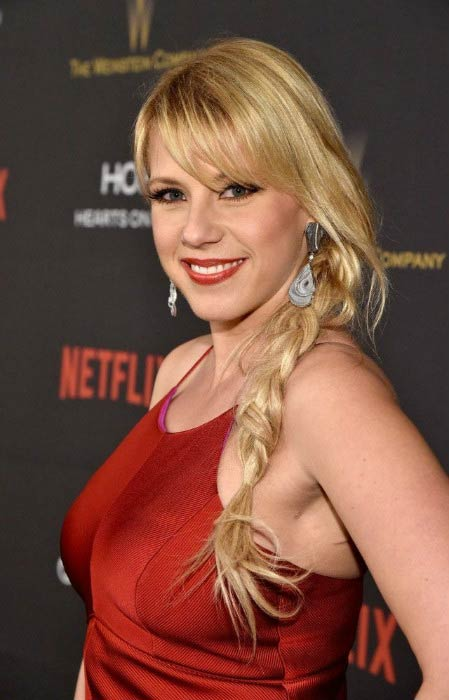 Jodie Sweetin at The Weinstein Company and Netflix Golden Globe Party in January 2016