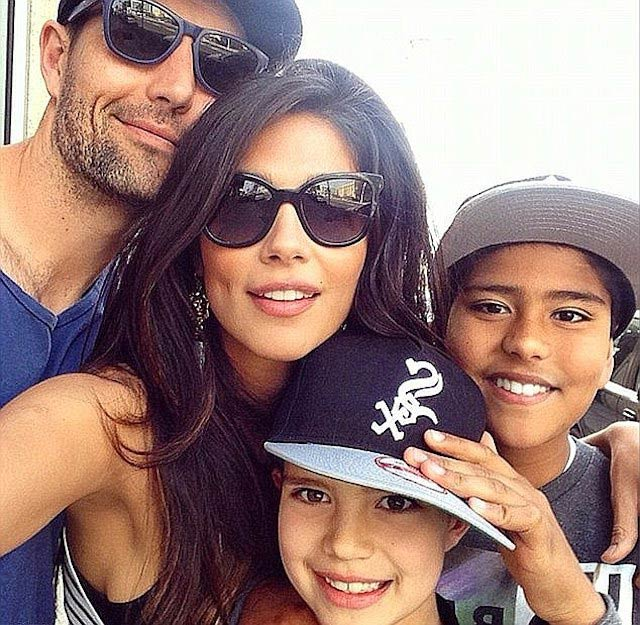 Pia Miller with Brad Miller and children