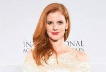 Sarah Rafferty - Featured Image
