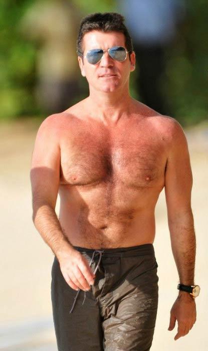 Simon Cowell shirtless body at a Barbados Beach in December 2008