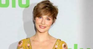 Clare Bowen - Featured Image