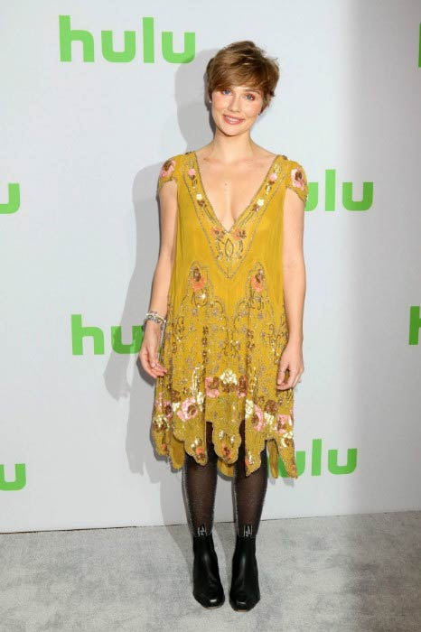Clare Bowen at the Hulu's Winter TCA Tour in January 2017