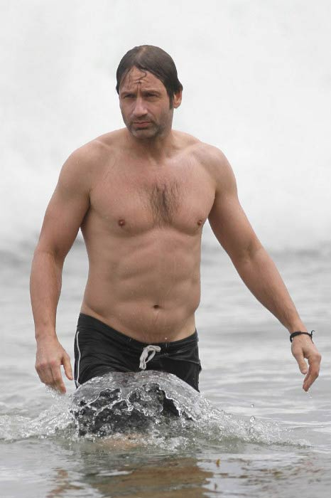 David Duchovny shirtless at the Malibu beach in July 2010