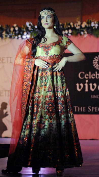 Elli Avram at the charity fashion show in Mumbai in February 2016