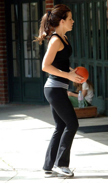 Kate Beckinsale exercising
