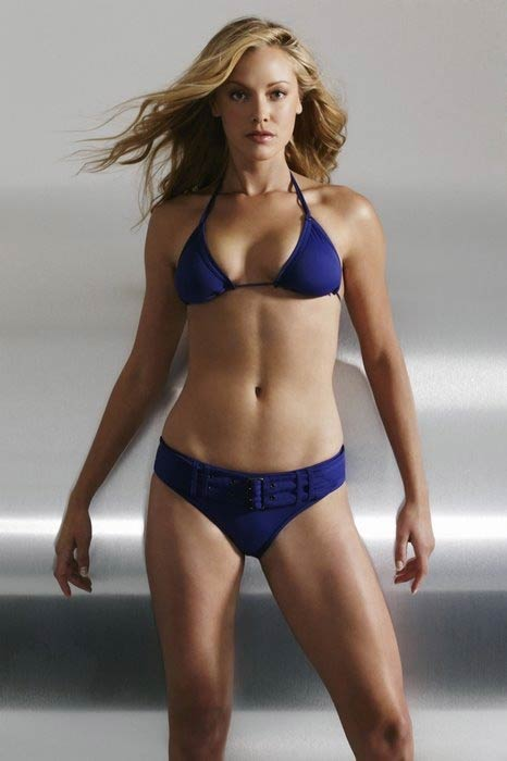 Kristanna Loken in bikini modeling photoshoot in 2009