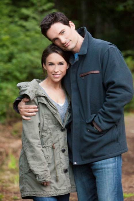 ?Image: Lacey Chabert and David Nehdar