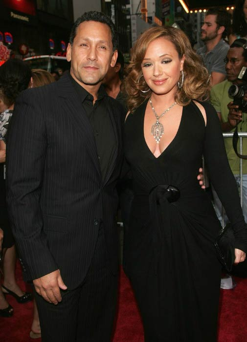 Leah Remini and her husband Angelo Pagan at the 'El Cantante' premiere in July 2007