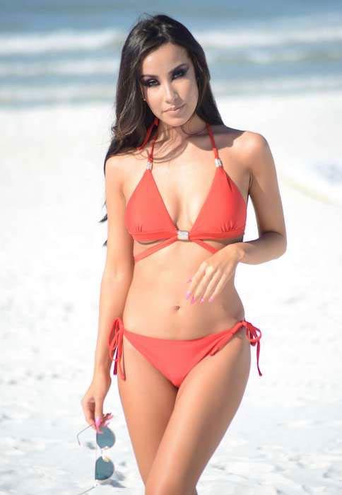 Lisa Opie in red bikini in Miami in December 2016