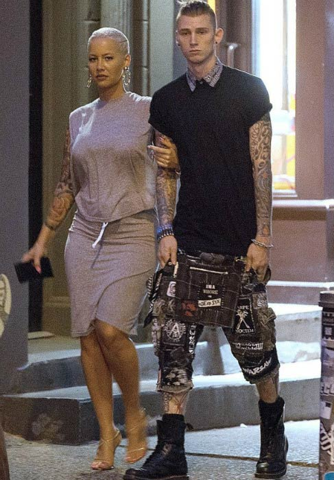 Machine Gun Kelly and Amber Rose during an outing in 2015