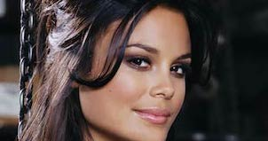 Nathalie Kelley - Featured Image