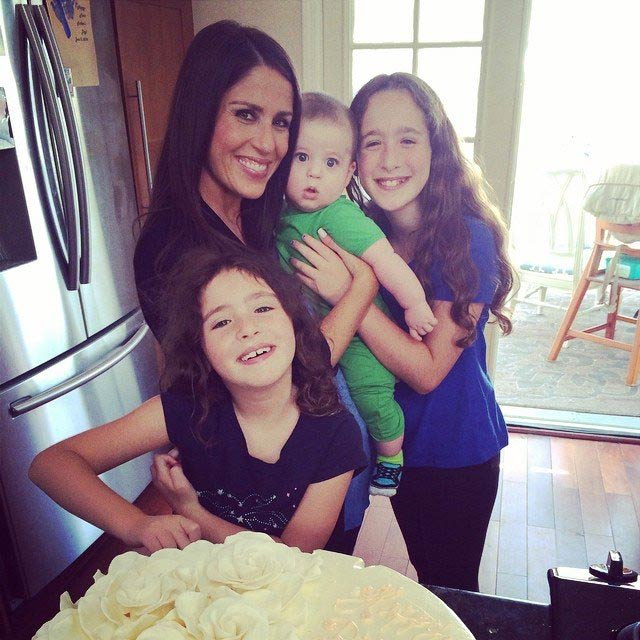Soleil Moon Frye with her 3 kids