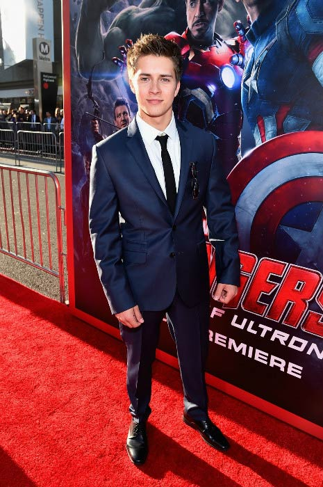 Billy Unger at the Marvel's Avengers: Age Of Ultron premiere in April 2015