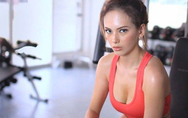 Ellen Adarna in the gym