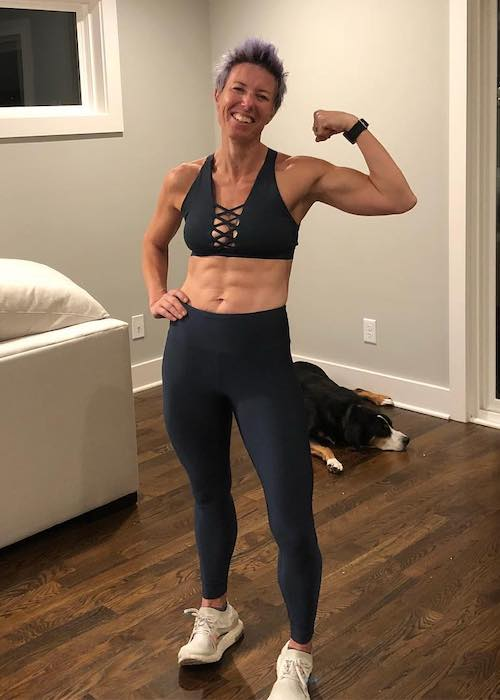 Erin Oprea showing her strong body in October 2018