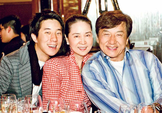Jackie Chan with his wife Feng-Jiao and son Jaycee Chan