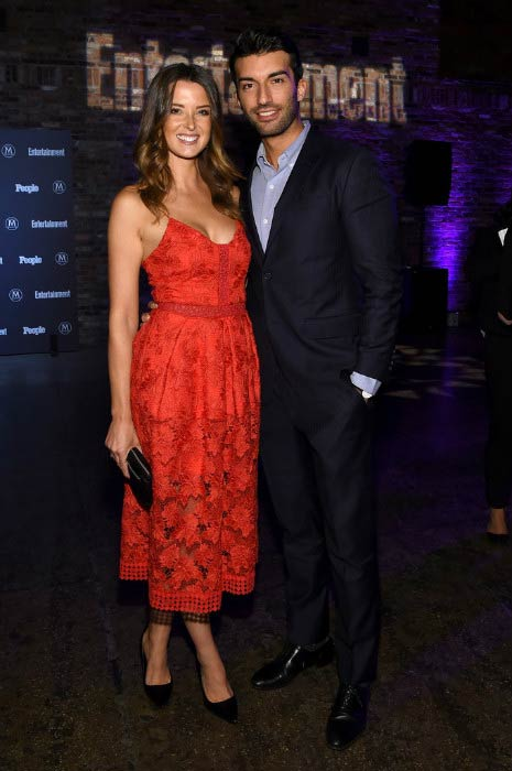 Justin Baldoni and Emily Baldoni at the Entertainment Weekly & People Upfronts Party in May 2016
