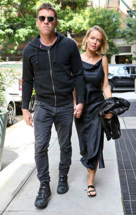 Sam Worthington and Lara Bingle leaving their NYC hotel in September 2014
