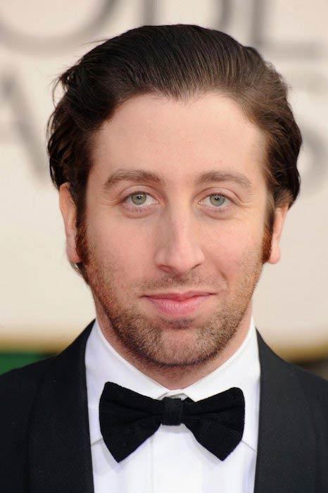 Simon Helberg at 2013 Golden Globe Awards