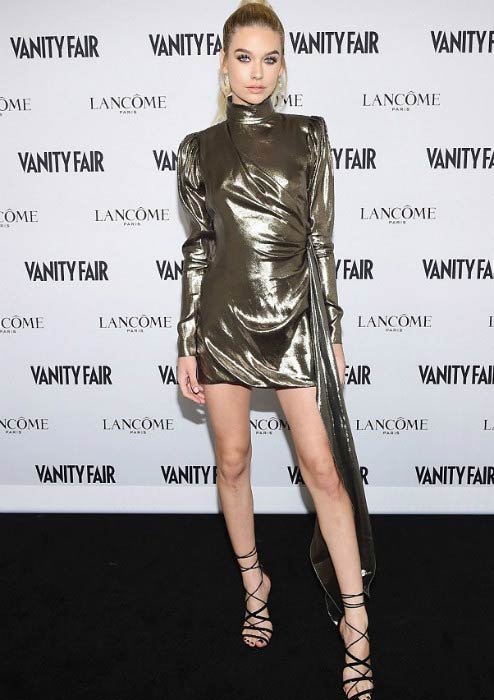 Amanda Steele at the Vanity Fair and Lancôme Toast to The Hollywood Issue in February 2017