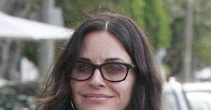 Courteney Cox - Featured Image