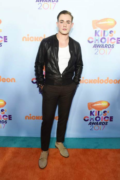 Dacre Montgomery at the 2017 Nickelodeon's Kids' Choice Awards