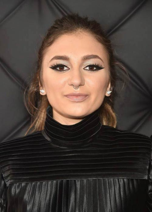 Daya at The 59th GRAMMY Awards in February 2017
