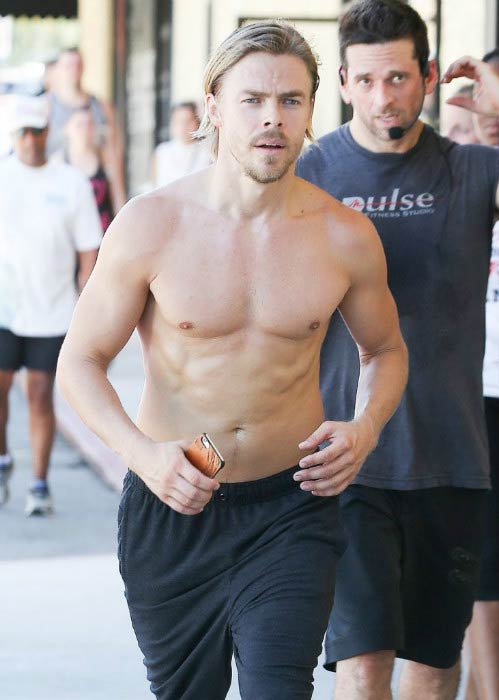 Derek Hough shirtless at the Pulse studio in Los Angeles in July 2016