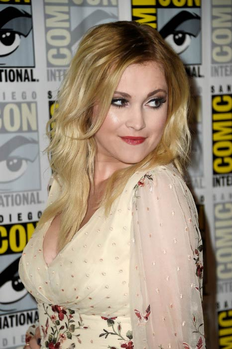 Eliza Taylor at The 100 Press Line during Comic-Con International 2016