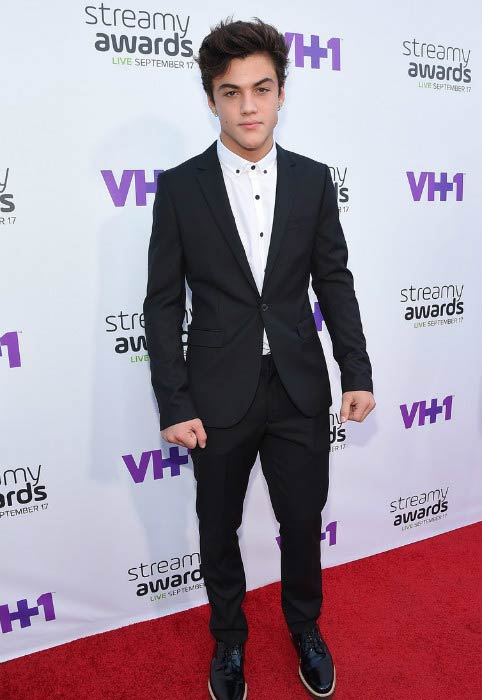 Ethan Dolan at the VH1's 5th Annual Streamy Awards in September 2015