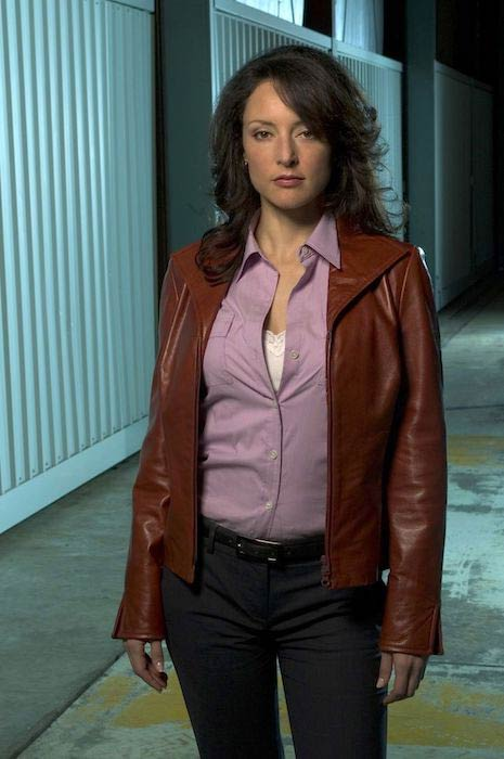 Lola Glaudini as Elle Greenaway in Criminal Minds